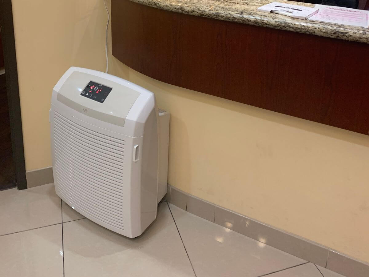 Air-Purifiers-Sanitizers